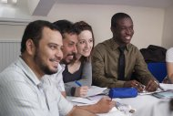 słuchacze na zajęciach z angielskiego biznesowego